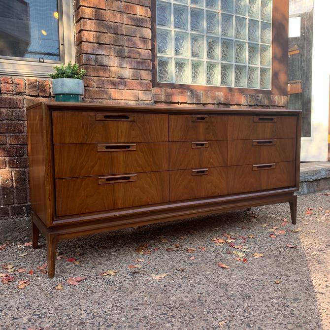 Mid-Century 9 Drawer Lowboy Dresser
