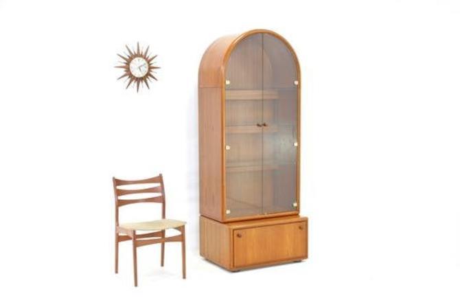 Mid Century Display Cabinet......Germany. by SputnikFurnitureLLC