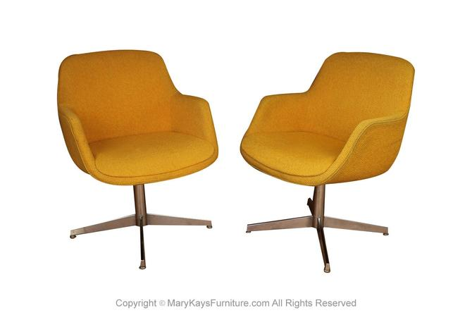 Yellow Gold Pair Mid Century Swivel Barrel Chairs Steelcase by Marykaysfurniture