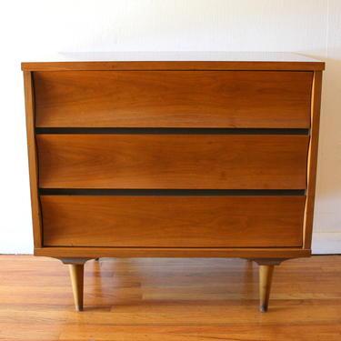 Mid Century Modern Johnson Carper Bachelor Chest Dresser