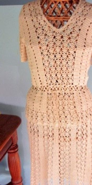 Vintage 1970s Hand-Crocheted Blouse and Skirt Set -- Groovy!! by nauhaus