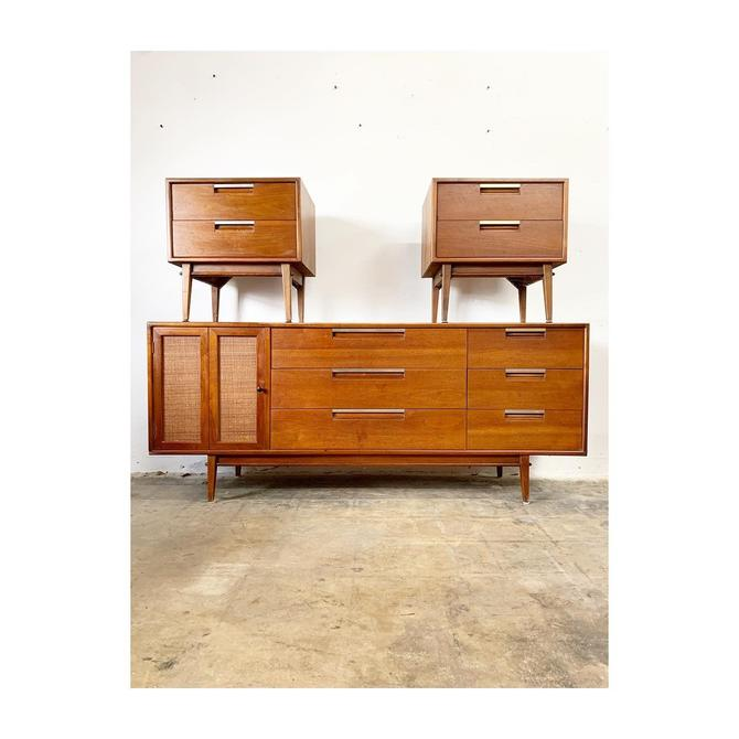Mid Century Modern Dresser and Nightstands by FlipAtik