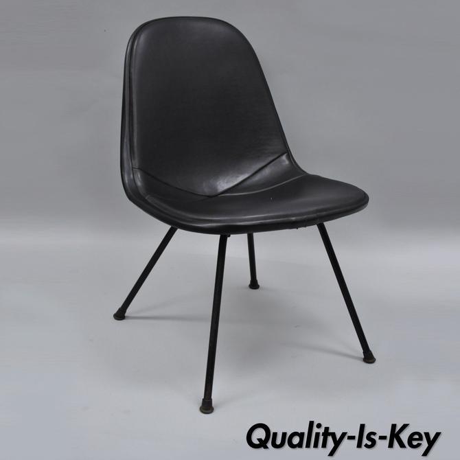 herman miller vintage eames dkx chair black upholstered padded vinyl