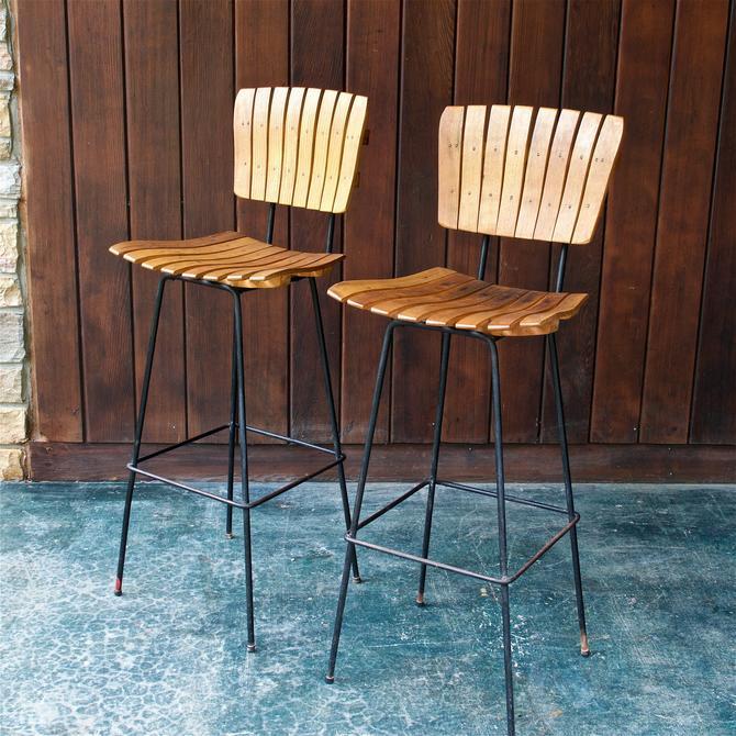 Pair of Arthur Umanoff Bar Stools Iron Maple Slat Seat Chair Vintage Mid-Century American Modern by BrainWashington