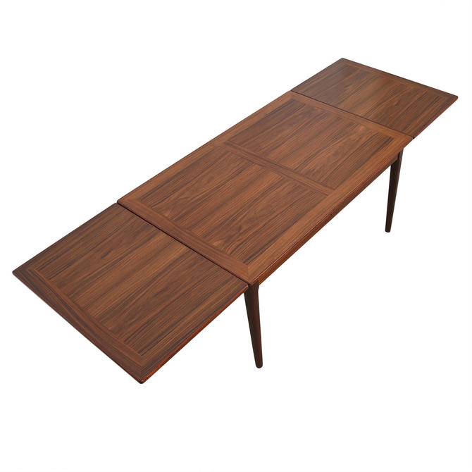 Skovby Danish Modern Rosewood Expanding Dining Table