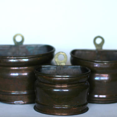 vintage copper planters with brass ring hangers set of three by suesuegonzalas