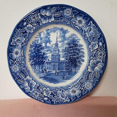 Vintage Liberty Blue Staffordshire Historic Colonial Scenes Dinner Plate Independence Hall by OverTheYearsFinds