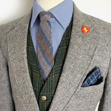 Vintage LEVI'S 100% Wool DONEGAL TWEED Blazer ~ 40 R ~ Herringbone jacket / sport coat ~ Preppy / Ivy League / Trad by SparrowsAndWolves