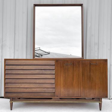 Mid-Century Walnut Dresser by American of Martinsville by secondhandstory