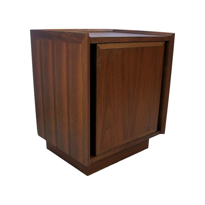 Merton Gerhsun for Dillingham Esprit Collection Walnut Nightstand by MetronomeVintage