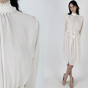 Vintage 80s Simple Ivory Avant Garde Dress / 1980s Thin Cream Ruffle Collar Dress / Casual Off White Cocktail Day Plain Bridal Mini Dress by americanarchive