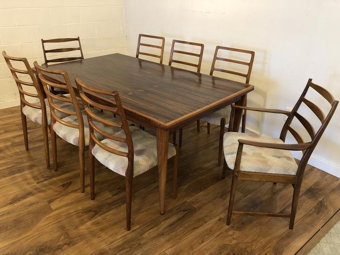 JL Moller Rosewood Dining Table & 8 Chairs