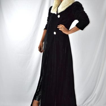 Vintage 1930s 1940s Black Velvet Opera Coat with White Fur collar and Leg o Mutton/Puff Sleeves  Sleeves by LavenderJosephine