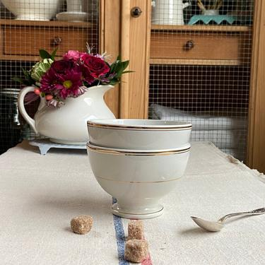 Beautiful set of 2 pure white bi rage French cafe au lait bowl with gold trimmings-PWB by Grainsacfrenchvintag
