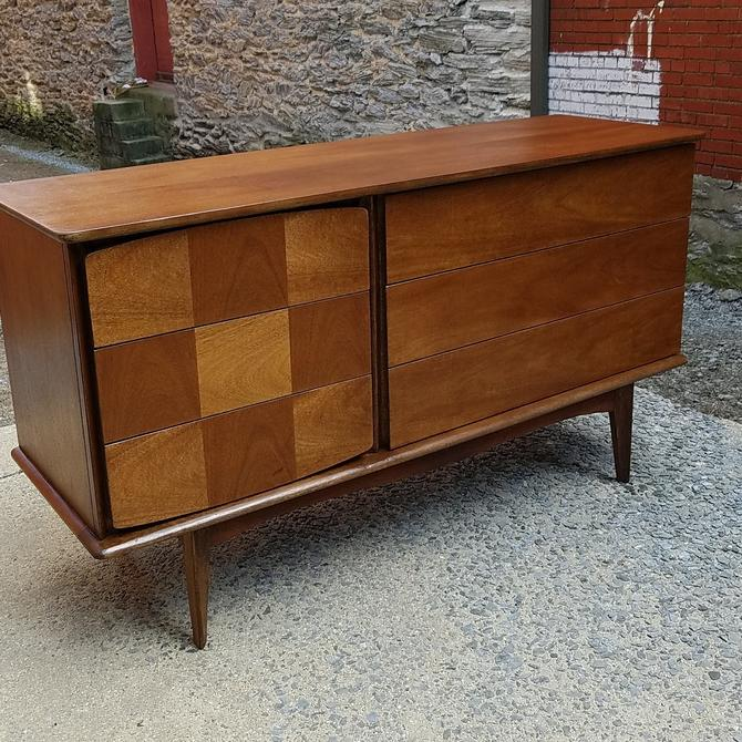 Mid-Century Six Drawer Dresser by United