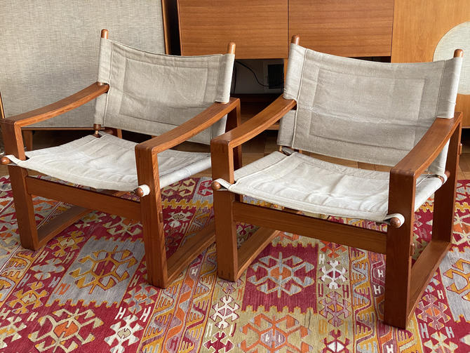 Pair Vintage Danish Teak Safari Lounge Chairs by Walkingtan