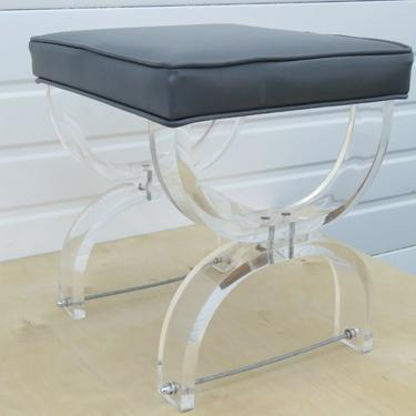 Hollywood Regency Mid Century Vintage Lucite Vanity Stool Bench by Hill Mfr 2174