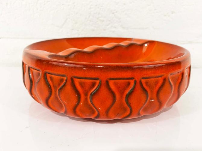 True Vintage Royal Haeger Atomic Orange Ashtray Round Mad Men Ash Tray Jewelry Trinket Bowl Dish MCM Mid-Century Modern Burnt 1960s 60s by CheckEngineVintage