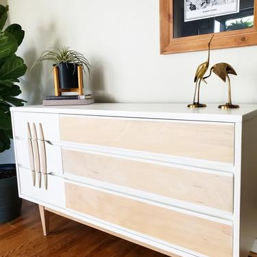 Shipping not free* Mid Century Modern Dresser By Kroehler by AndreaPalmaiDesign