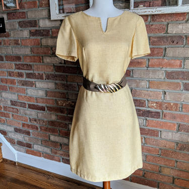 Vintage Yellow Shift Spring Day Dress 60's/70's Short Sleeve by BeesKneesVintageDC