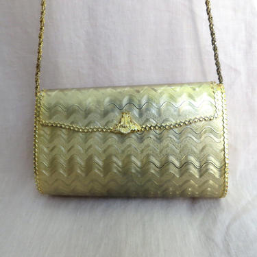 Vintage Gold Metal Hard Case Evening Purse Convertible Clutch Chain Shoulder Strap Made in Italy Saks Fifth Avenue by seekcollect
