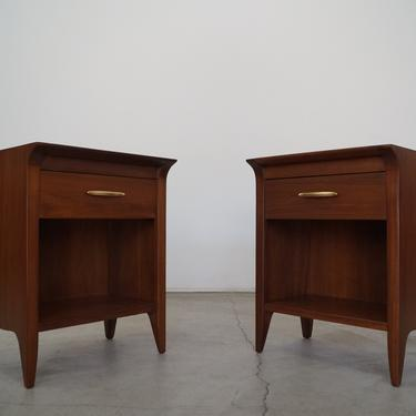 Pair of 1950's Mid-century Modern Nightstands by Drexel - Professionally Refinished! by CyclicFurniture