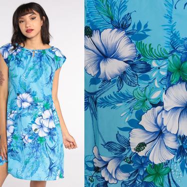 Hawaiian Dress 70s Blue Hibiscus Dress Tropical Dress Mod Mini Shift Floral Boho Twiggy Vintage Minidress Cap Sleeve Medium by ShopExile