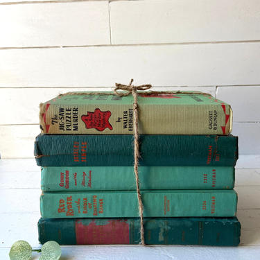 Vintage Green Book Collection Set of 5 // Antique Green Books, Green Book Set // Books For Decoration On Shelves, Green Book Bundle // Gift by CuriouslyCuratedShop
