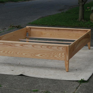 NbRnN02 *Solid Hardwood Bed with corner posts with top board on head and foot - natural color by SolidCherryHeirlooms