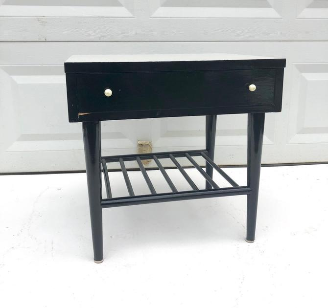 Mid-Century Nightstand by American of Martinsville by secondhandstory