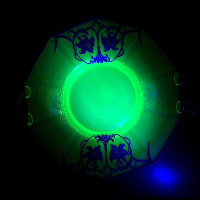 Vintage Etched Uranium Glass with Silver Overlay Decagon Cake Plate by OverTheYearsFinds