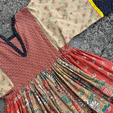 VTG Girls dress ~Patchwork style~ boho hippie Calico print Cotton~ belled sleeves~ peasant style~ hand made~ daisy kingdom size 10-12 yo by HattiesVintagePDX