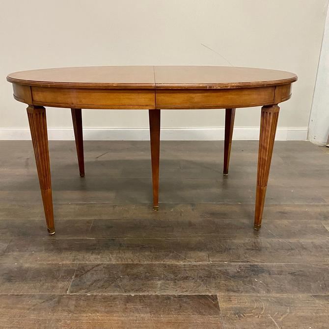 CUSTOMIZABLE: Kindel Dining Table by VintageRefinedDecor