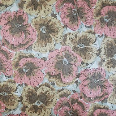 Vintage 1950's Pansy Print Fabric / 60s Large Scale Floral Fabric by SilhouettetsyVintage