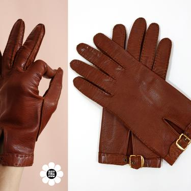 CHIC Vintage 70s Warm Brown Leather Gloves with Gold Adjustable Buckle by RETMOD