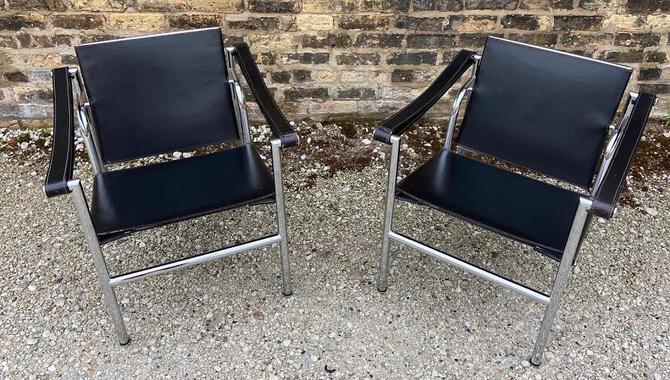 Le Corbusier Steel and Black Leather LC1 Chairs for Cassina, 1970s