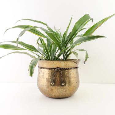 Vintage Hammered Brass Planter, Vintage Brass Cachepot, Medium Size Stamped Brass Plant Holder, Rustic Gold Planter Pot by PebbleCreekGoods
