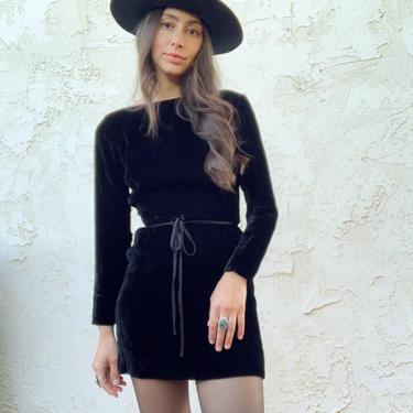 Vintage 50's Black Velvet Long Sleeve Cocktail Metal Zip Dress by CottontailTrdPost