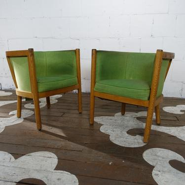 Green curved pair