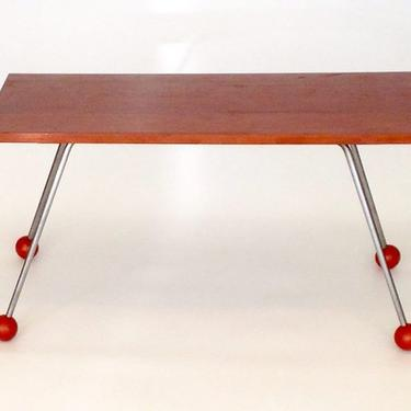 Coffee Table, the four steel legs of which are available at the Etsy store for $80.00.