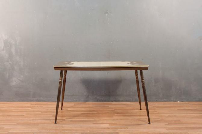 Retro Brown & Ivory Formica Kitchen Table – ONLINE ONLY