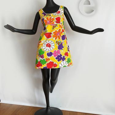 Vintage 60s 70s MOD Mini Dress • Psychedelic Hawaiian Flower Power Print • Hippie Boho Twiggy Tiki Oasis Hukilau • Cotton Barkcloth • Small by elliemayhems