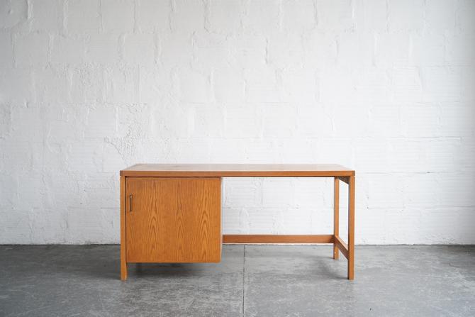 Mid Century Desk With Storage