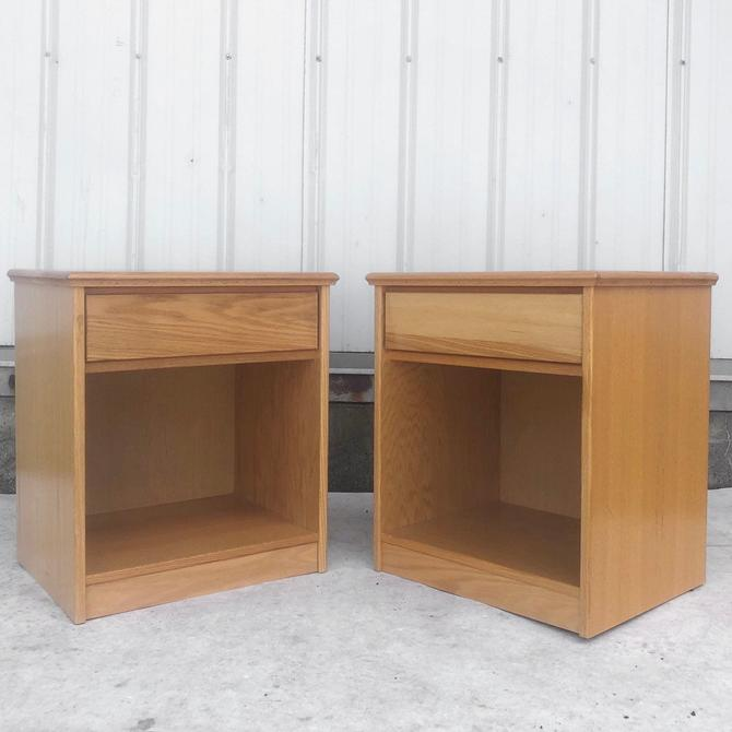Pair Vintage Modern Nightstands by secondhandstory