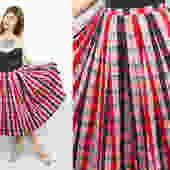 """Vintage 50's Red and Black Checkered Plaid Flowerpot Skirt / 1950's Novelty Print Skirt / Full Skirt / Women's Size Medium / 27"""" 28"""" Waist by RubyThreadsVintage"""