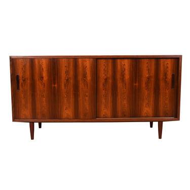 Compact 54″ Sliding-Door Danish Sideboard \/ Office Credenza \/ Bar Cabinet in Rosewood