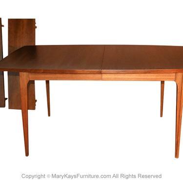 Mid Century Broyhill Brasilia Expandable Walnut Dining Table by Marykaysfurniture