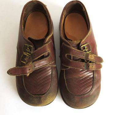 7e8383b018bf7 Vintage 1960s Brown Leather Baby Shoes by Penny's Boots with Original Box  by VintageInquisitor