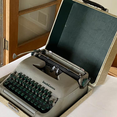 Vintage Smith Corona Sterling Portable Manual Typewriter With Case by Walkingtan