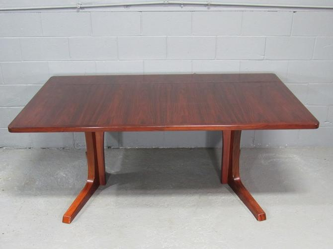 Mid-Century Danish Modern Rosewood Extension Dining Table